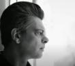 Benjamin Biolay dans le clip de Comment est ta peine ?