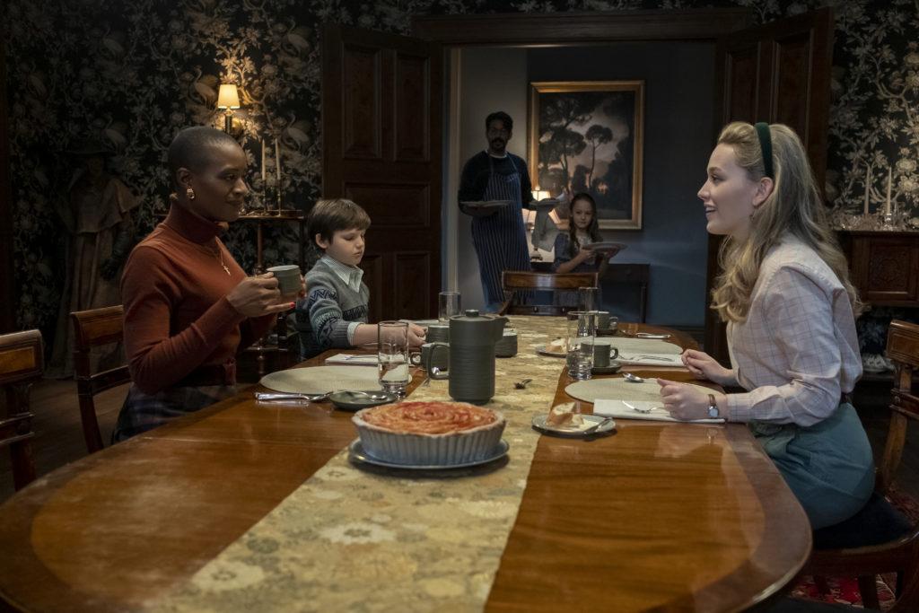 Dani, Hannah, Miles, Flora et Owen, personnages de The Haunting of Bly Manor