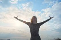 Le clip de Thank You All I'm Fine, nouveau titre d'Hollysiz