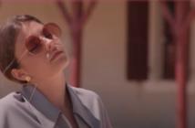 Emma Hoet dans le clip d'Arrogance Bikini